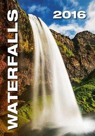 Kalendář nástěnný 2016 - Waterfalls
