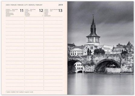 Náhled Diář 2019 - Praha - týdenní magnetický, 10,5 x 15,8 cm