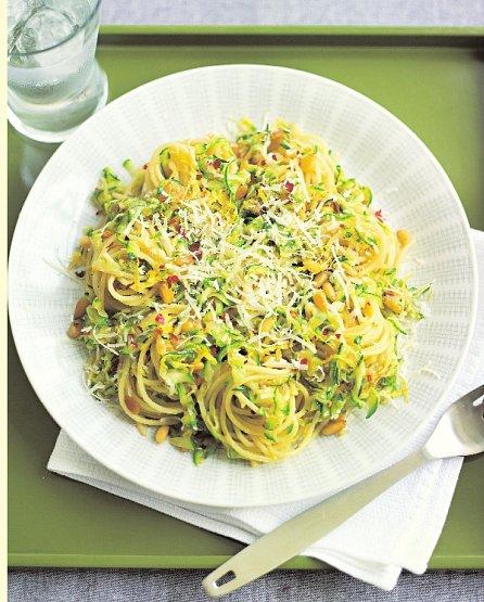 Náhled Italská kuchyně jednoduše a rychle - Jídlo, které konejší, svádí i sytí