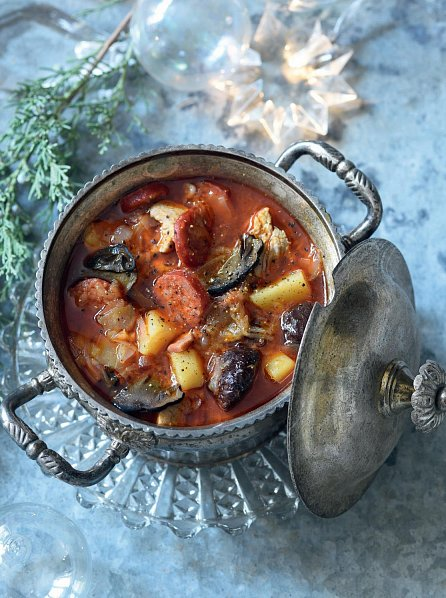 Náhled Slunečná kuchařka. 70 tradičních pokrmů z hospody na statku Slunečná