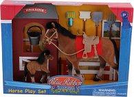 Kůň shříbátkem